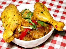 Cari de poulet et pattes de poulet Photo libre de droits