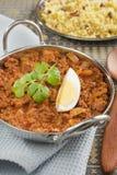 Cari indien de Keema de boeuf de repas avec l'oeuf et le riz photographie stock