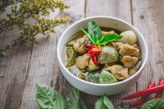 Cari thaï de vert de poulet Nourriture thaïlandaise célèbre de tradition Image pour Photographie stock