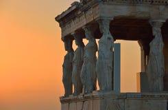 Cariatides Erechteion, parthenon sur l'Acropole à Athènes Image stock