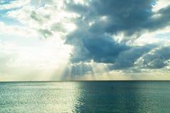 caribbean над заходом солнца моря Стоковые Изображения RF