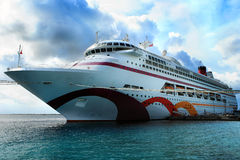 Free Caribbean Cruise Ship Royalty Free Stock Photo - 9613865