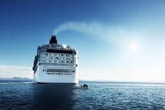 Caribbean sea and cruise ship Stock Photography