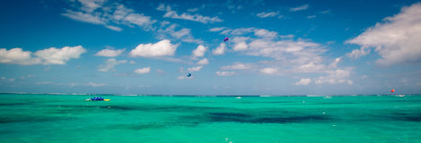 Caribbean sea turks and caicos. Paragliders and the Caribbean sea Turks and caicos Stock Photography