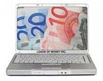 Caricamenti del computer portatile di parodia dei soldi immagini stock libere da diritti
