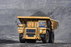 Caricamento del carbone Immagini Stock