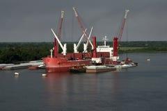 Caricamento della nave fotografia stock libera da diritti