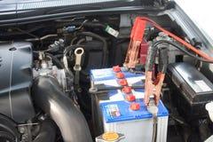 Caricare l'automobile di batteria Immagine Stock