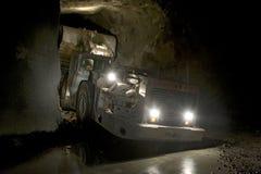 Caricatore della miniera in sotterraneo Immagini Stock Libere da Diritti