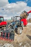 Caricatore della ruota di agricoltura Tjumen' La Russia Fotografia Stock