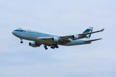Carico 747 di Cathay Pacific Fotografia Stock Libera da Diritti
