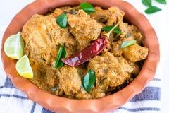 Caril indiano picante da galinha - galinha de Chettinad foto de stock