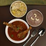 Caril rural da galinha do país da culinária de Telangana imagem de stock royalty free