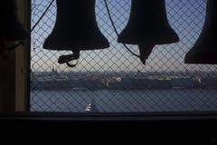 Carillon - klok met automatisch mechanisch trillingsapparaat stock foto's