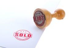 Carimbo de borracha vendido foto de stock royalty free