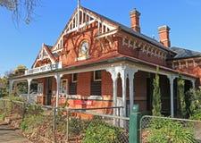 CARISBROOK,维多利亚,澳大利亚- Carisbrook的美丽如画的被准许的邮局, Bucknall街的,在1888年被修造了 免版税库存照片