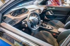 Carlingue de voiture compacte Peugeot 308 GTi, 2015 Images libres de droits