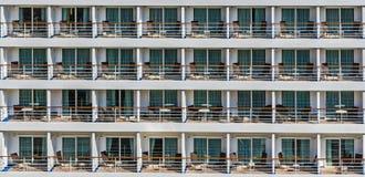 Carlingues extérieures du bateau de croisière Images libres de droits