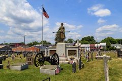 Molly Pitcher Grave in Carlisle PA. Carlisle, PA, USA – June 26, 2016: The Mary Ludwig Hays - better known as Molly Pitcher - gravesite, located in the Old Stock Images