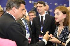 ¡ Carlo Ð alenda, der Minister der wirtschaftlichen Entwicklung von Italien am St- Petersburginternationalwirtschaftsforum Lizenzfreies Stockfoto