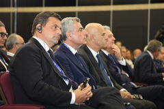 ¡ Carlo Ð alenda, der Minister der wirtschaftlichen Entwicklung von Italien am St- Petersburginternationalwirtschaftsforum Lizenzfreie Stockbilder