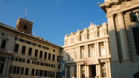 Carlo Felice-theater, in het historische centrum van Genua stock foto