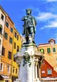 Carlo Goldoni statui Sławny dramatopisarz Wenecja Włochy zdjęcia royalty free
