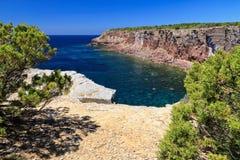 Carloforte vue de baie de Mezzaluna Image stock