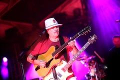 Carlos Santana na wycieczce turysycznej - Luminosity wycieczka turysyczna 2016 zdjęcia stock