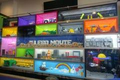 CARLSBAD, DE V.S., 5 FEBRUARI: LEGO Movie Display bij LEGOLAND Californ stock foto