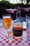 Carlsberg piwo & aquavit w restauracji zdjęcia stock