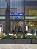 Carluccio ` s delikatesy i Łomotać Włoską restaurację w Bracknell, Anglia Obraz Stock