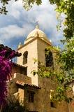 Carmel Catholic Mission spansk kolonial stil för exempel Arkivbild