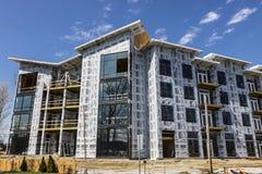 Carmel - Circa April 2017: Nieuwe Flatblok en multi-Blijft stilstaan Eenheidsbouw Het Carmel-gebied ondergaat de snelle groei I Royalty-vrije Stock Foto's