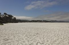 Carmel Denną plażą w Kalifornia obrazy royalty free