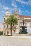 Carmelitas kyrka och Carmo kyrka, Porto royaltyfri foto