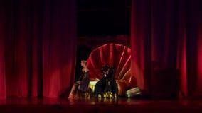 Carmen en Jose balle stock videobeelden