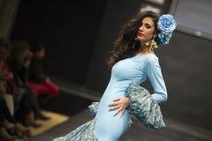 Carmen Rojo demonstreert inzameling in Pasarela Flamenca Jerez 2015 Stock Afbeelding