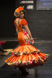 Carmen Rojo montra la raccolta a Pasarela Flamenca Jerez 2015 Fotografia Stock