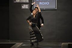 Carmen Rojo stellt Sammlung bei Pasarela Flamenca Jerez 2015 zur Schau Stockbild
