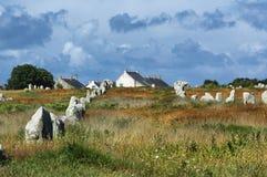 Carnac (Bretagna, Francia): menhir e dolmen Fotografia Stock