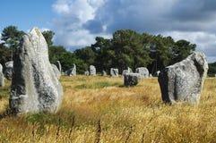 Carnac (Brittany, Frankrike): menhir Royaltyfri Fotografi