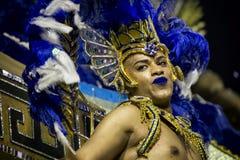 Carnaval-Ausführender im Kostüm stockbild