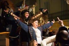 Carnaval chez Sitges dans le temps de soirée La Catalogne, Espagne Photos stock