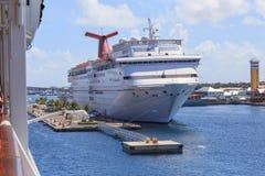 Carnaval-Cruiseschip Stock Afbeeldingen