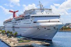 Carnaval-Cruiseschip Ecstacy Royalty-vrije Stock Foto