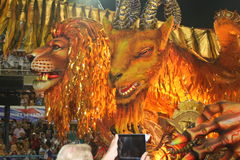 CARNAVAL DE RIO DE JANEIRO - FEVEREIRO 20: Foto de Stock Royalty Free