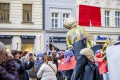 Carnaval de velours dans l'honneur à la révolution de velours en 1989 Images libres de droits