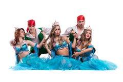 Carnaval-het dansersteam kleedde zich als meerminnen en Stock Afbeelding