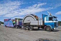 Carnaval komt aan stad stock foto